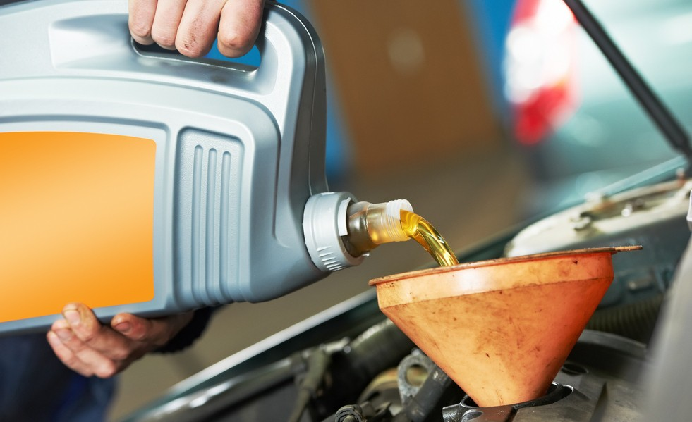 Влияние каких факторов способствует замене масла