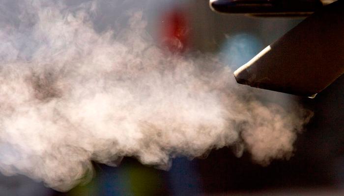 Дымит двигатель quotна холоднуюquot и quotна горячуюquot