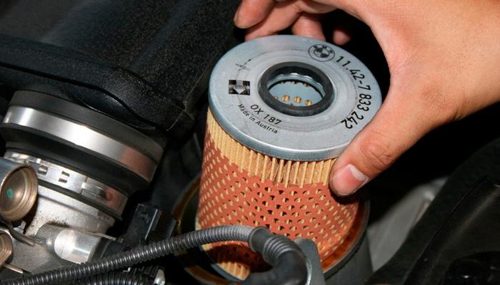 Зачем нужно делать замену масляного фильтра